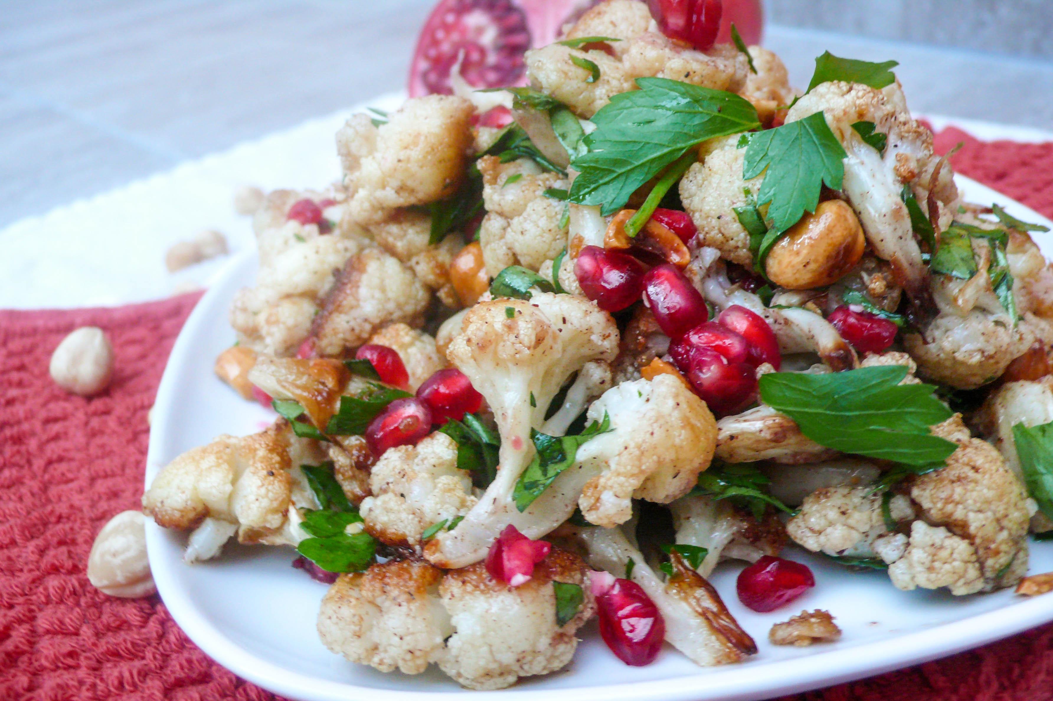 Blomkålsalat med hasselnøtter og granateple (3 of 3)