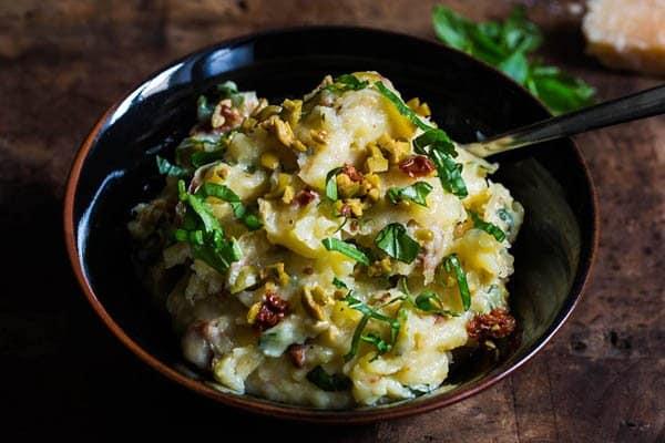 Middelhavsinspirert potetstappe fra Aichas mat