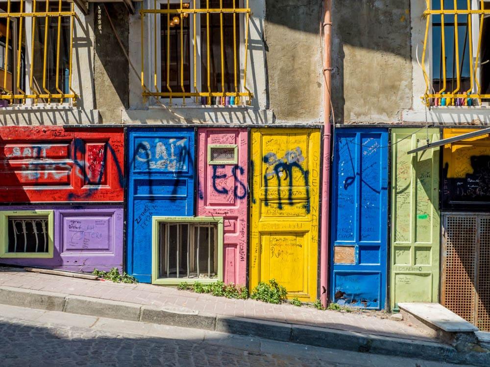 Fargerike dører i Balat / Fener, Istanbul