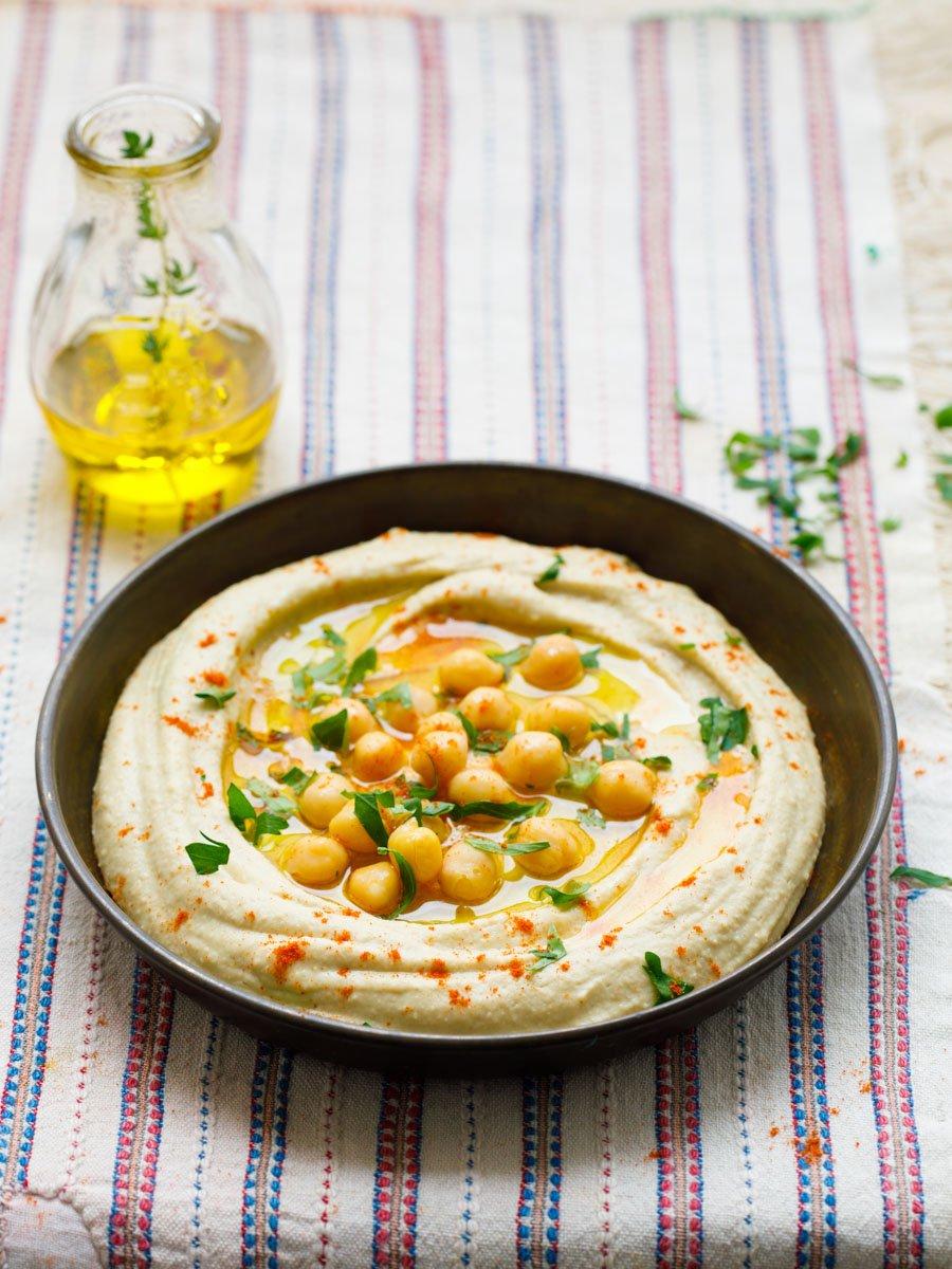 Hummus - grunnoppskrift fra boka «Hummus & granatple» av Vidar Bergum